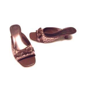 🔷BOGO🔷 Etienne Aigner kitten heel sandals slides